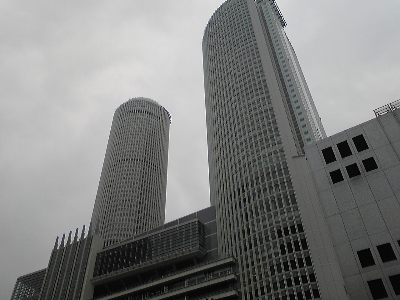 ツインタワー?