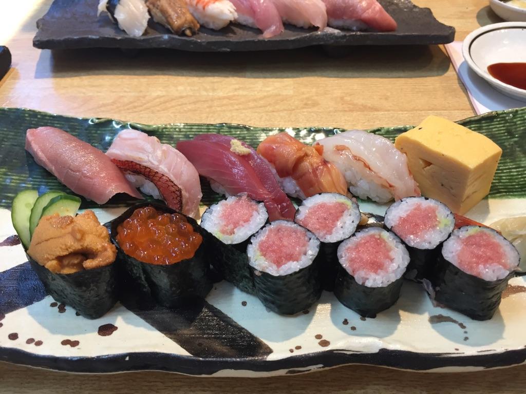 寿司でお疲れさん!